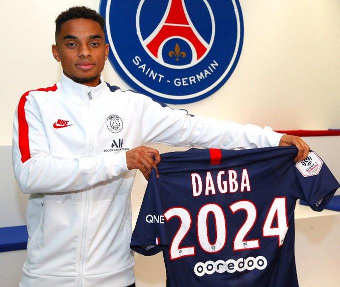 PSG. Colin Dagba prolonge jusqu'en 2024 | Sport Business Mag
